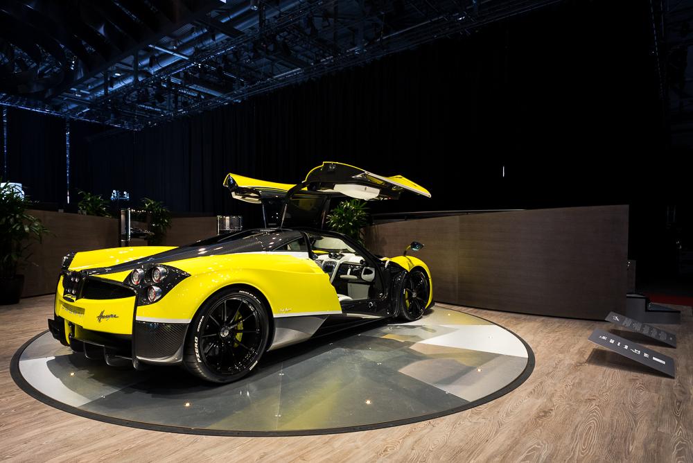 Cars - Pagani Huayra in Geneva Motor Show 2016
