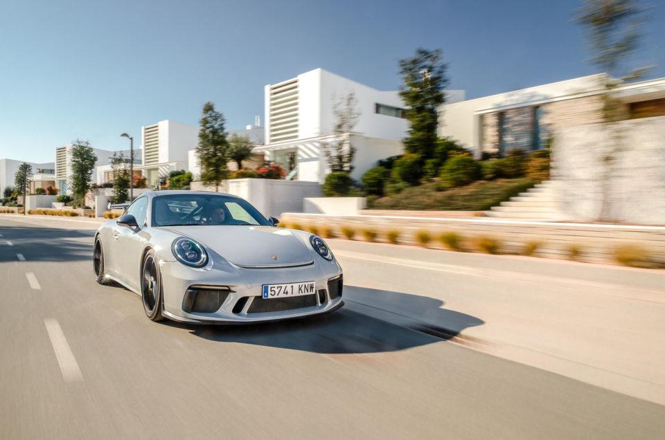 Crayon grey Porsche 911 991 GT3 MKII